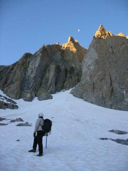 Approaching Moon Goddess, Temple Crag.