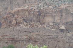 Rock Climbing Photo: Creek Side Crag