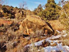 Rock Climbing Photo: Misfit Boulder.