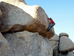 Rock Climbing Photo: Richard Shore highballin' on the Trashman Roof 5.9...