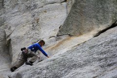 Rock Climbing Photo: Starting the traverse from Coffin Nail under the &...