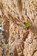 Rock Climbing Photo: Cranking the low crux of Rum Tum Tuggernaughts.  P...