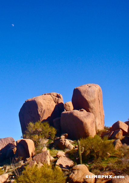 Rock Climbing Photo: Y Crack Boulders - Pinnacle Peak  Photo courtesy o...