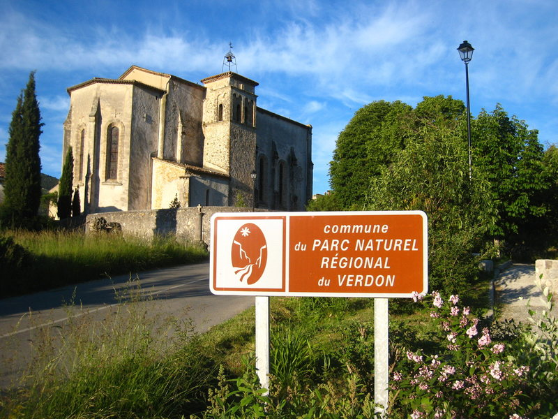 Entering La Palud