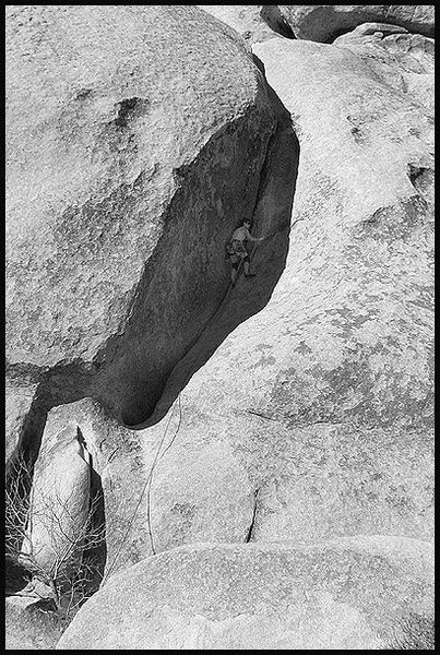 """Rock Climbing Photo: Aerili running out the first corner on """"Mike'..."""
