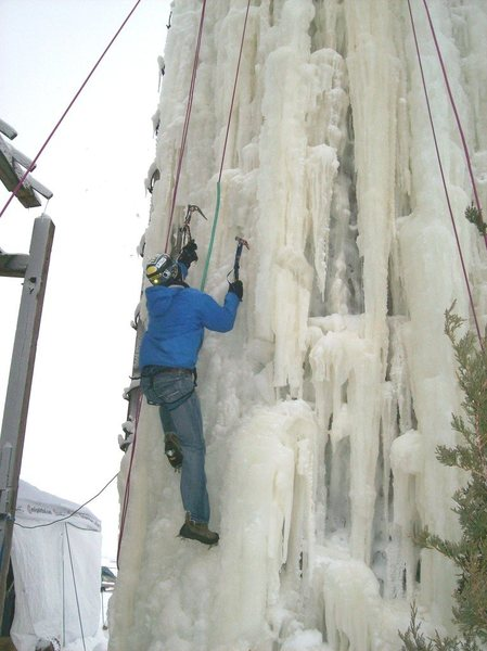 Rock Climbing Photo: Greg Seymour on the ice silo, Jan.2012.