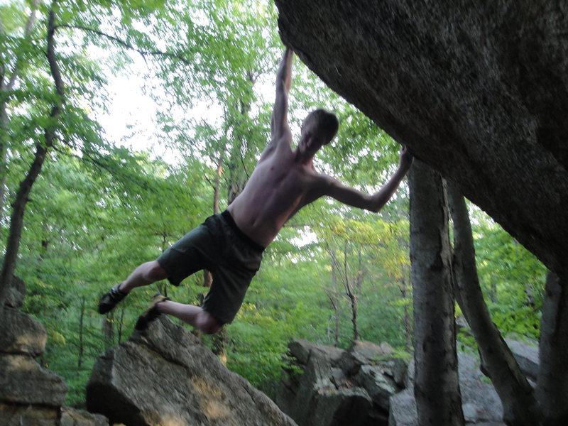 Rock Climbing Photo: Sending Tiger Style- V7 Gunks