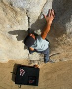 Rock Climbing Photo: Pinhead Boulder, Joshua Tree