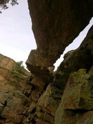 Rock Climbing Photo: Below the arch on Hammerhead's East Face/Ridge rou...