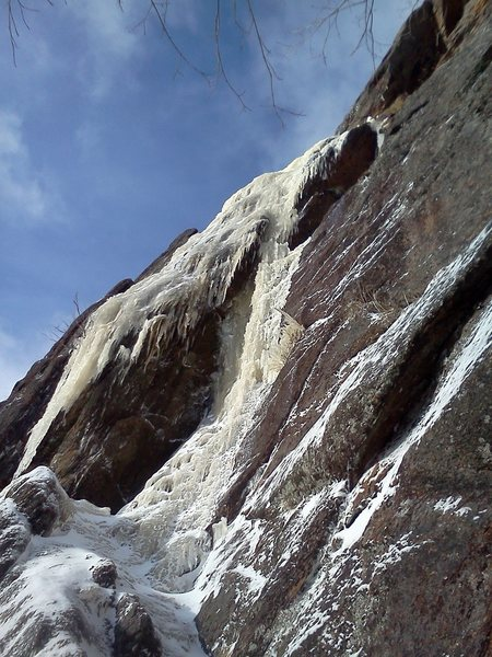 Rock Climbing Photo: Intro crux that gives access to the upper 150 feet...