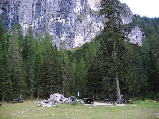 Picnic area at Sass Dlacia