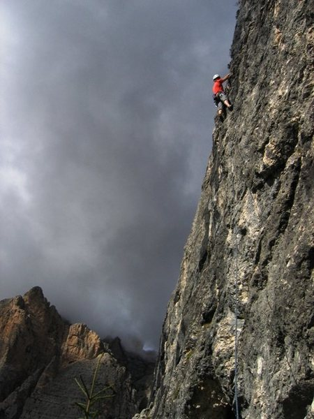 Rock Climbing Photo: Finishing up on Placca motoria