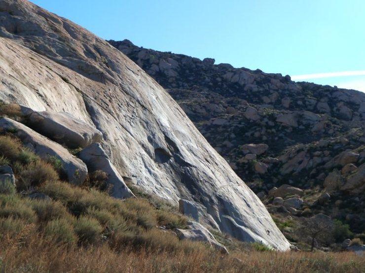 Rock Climbing Photo: The Main Slab at Big Rock, Lake Perris SRA