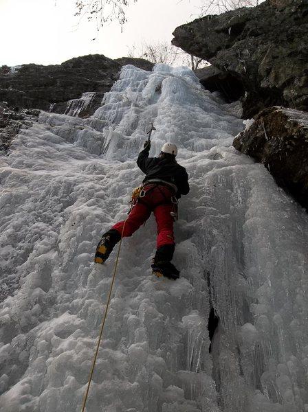 Rock Climbing Photo: Bradley White leading Cave Route Feb. 1, 2012.  Ph...