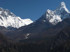 Rock Climbing Photo: Ama Dablam with the Tengboche Monastery on the rid...