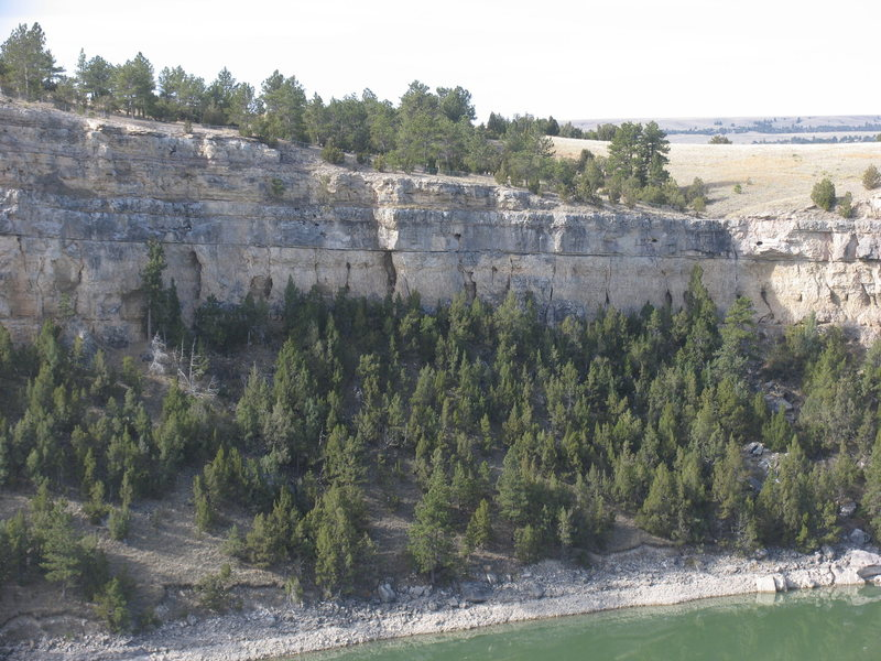 Rock Climbing Photo: The Castle Wall a north facing band of limestone b...