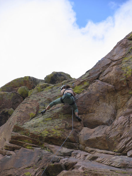 Rock Climbing Photo: Reese Mtn:  Anne Yeagle leads the Down Converter 1...