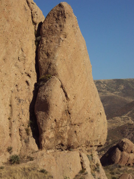 The Elephant's Ear (aka Shrike Temple) situated between the east face of the Elephant Head and the Pangea Wall.