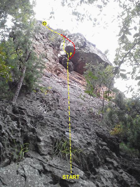 Rock Climbing Photo: Davids Castle Backside  Stupid Roof (5.10)  Crowde...