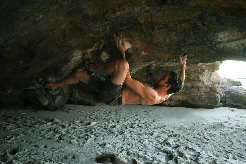 Rock Climbing Photo: Paperboy - V7 Corona Del Mar, CA