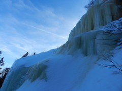 Rock Climbing Photo: The Main Area at Mt. Avalon. The upper section of ...