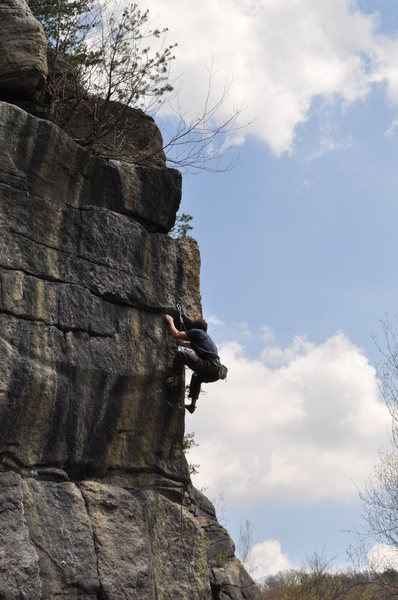 Rock Climbing Photo: At the crux of Hickory.