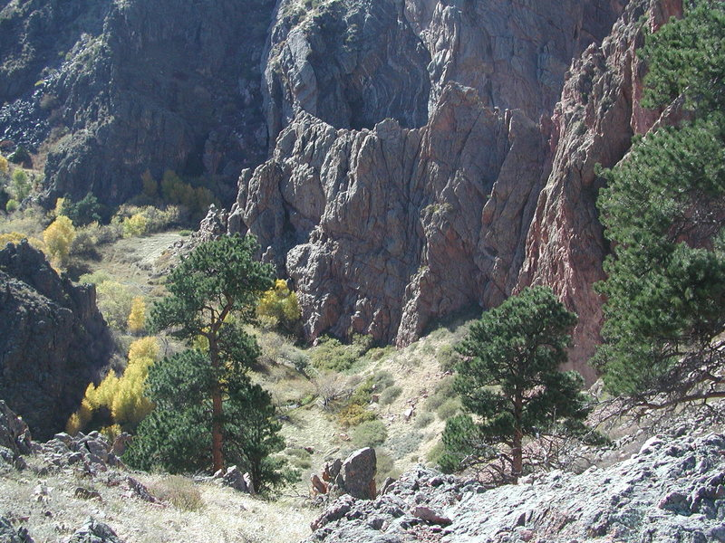 The Red Rock Wall of Duck Creek Canyon at the Toni Gulch mouth.