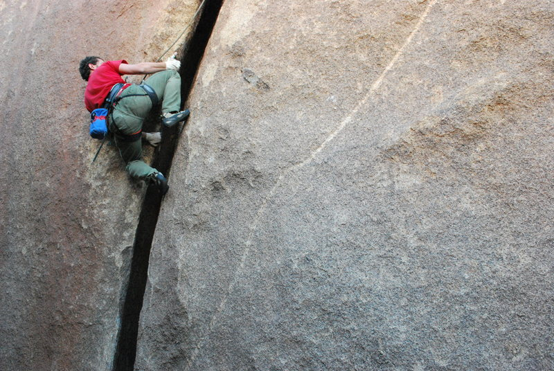 Rock Climbing Photo: David giving it a layback run on Throbbing Gristle...