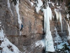 Rock Climbing Photo: Onto the unprotectable thin ice on Dr. Delicate.