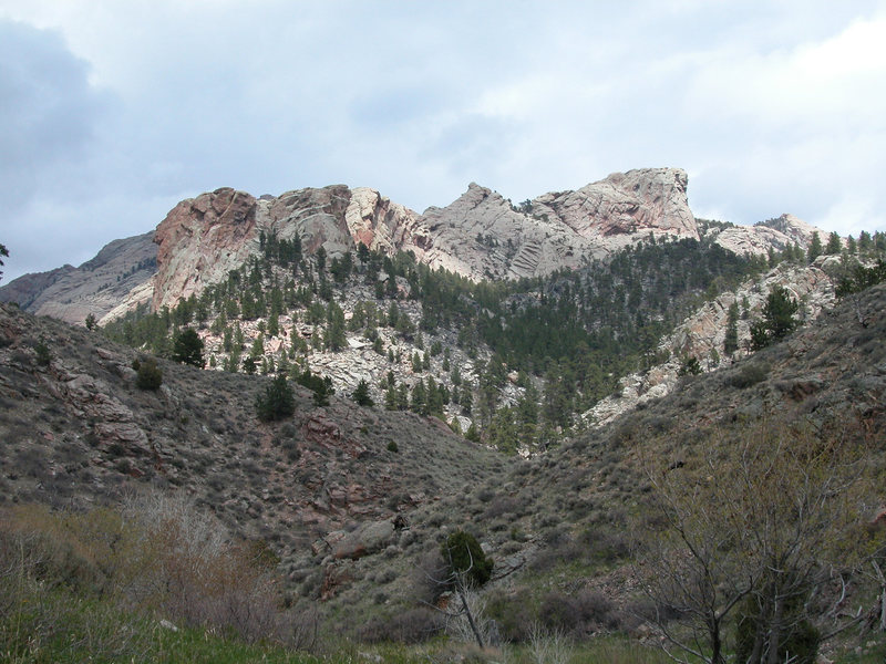 Rock Climbing Photo: Southwest Ridge from SE