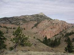 Rock Climbing Photo: The Split Rock Summit from Toni Ridge with an outc...