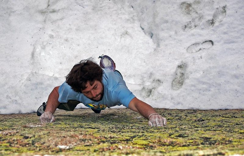 Rock Climbing Photo: Mike Brady low on 'Sketch Pad'