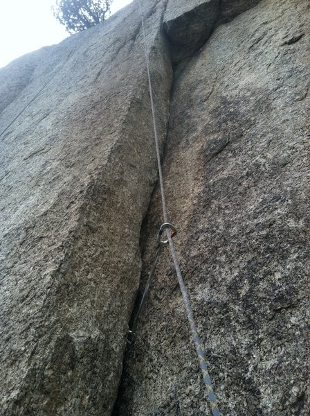 Rock Climbing Photo: The dihedral and roof on pitch 1.