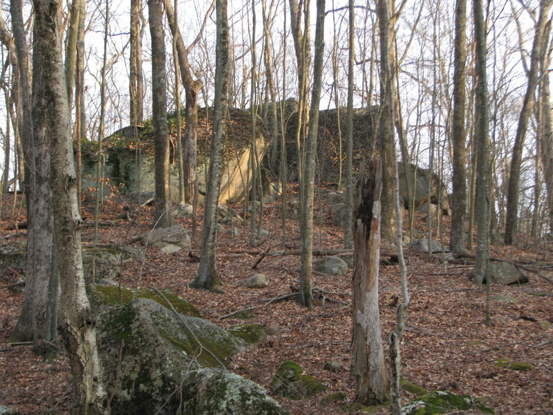 Another big private cluster with shot on site access. They are also guarded by swarms of nasty ticks. Posted to illustrate that feeling of finding good boulders in the woods.