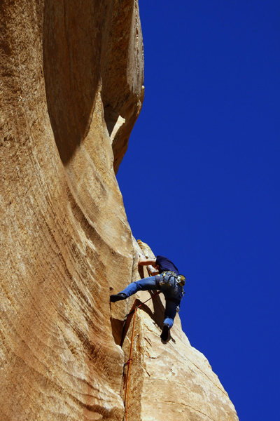 Handbone, 5.10 at The Monument