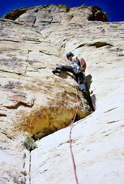 """Rock Climbing Photo: Leading the """"holdless corner"""" on the 8th..."""