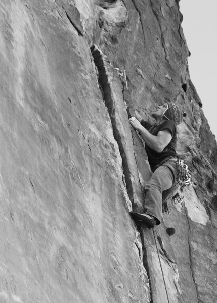 Onsight attempt of Lizard Locks, 5.11 at The Monument. Photo: Jason Molina