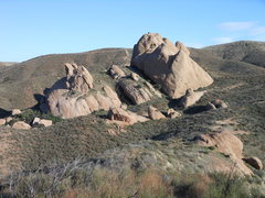 Rock Climbing Photo: The Texas Canyon formations from the west.