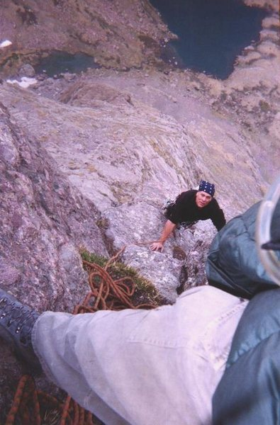Looking down the first crux pitch, Ellingwood Ledges, 2002 - Jay Evans photo.