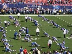 Rock Climbing Photo: NY Giants pre game static stretch routine