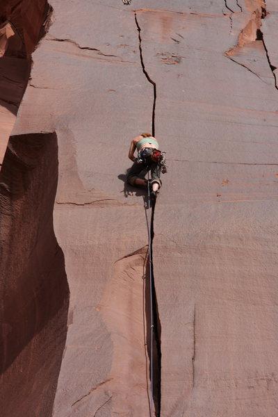 Rock Climbing Photo: Anna B stylin the splitter