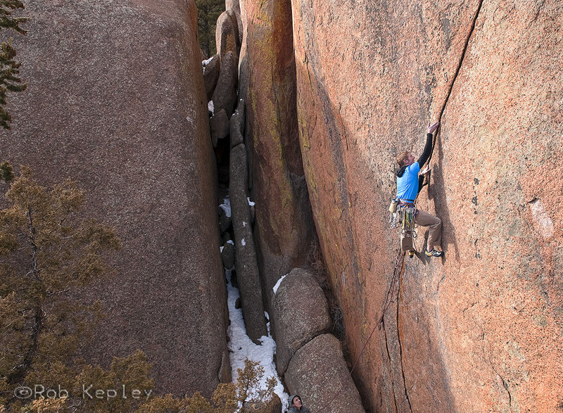 Rock Climbing Photo: The strenuous entry moves.