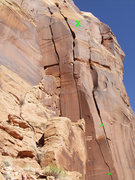 Rock Climbing Photo: Arete Crack  Anchors are below 'X'