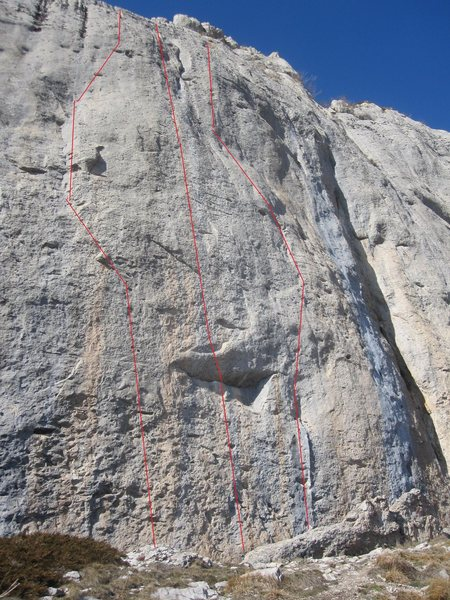 Rock Climbing Photo: 'porquoi pas' on the right
