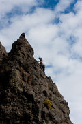 Rock Climbing Photo: M cleaning Redtail Arete
