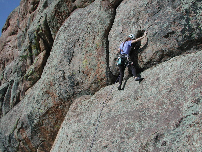 Rock Climbing Photo: Anne Yeagle leading Red Mite