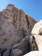 Rock Climbing Photo: My buddy Frank in front of Frosty Cone.  The guy o...