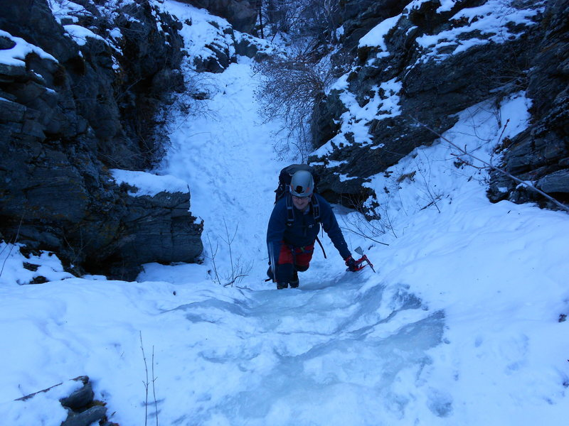 Rock Climbing Photo: John Sanfilippo on the Approach Gully.