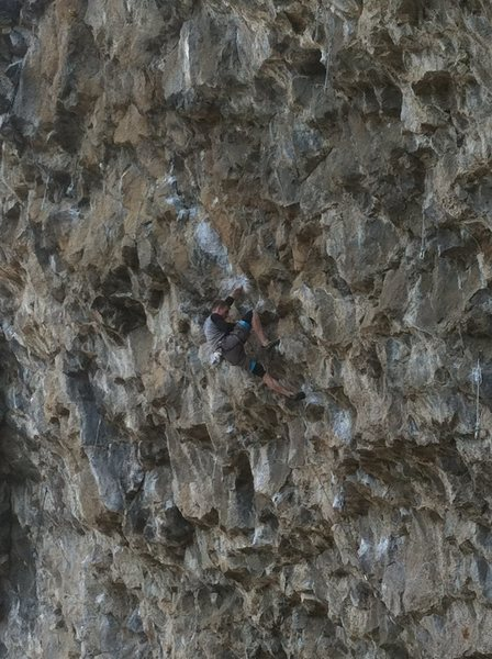 Rock Climbing Photo: Ross Callison clipping before the final crux on Fu...