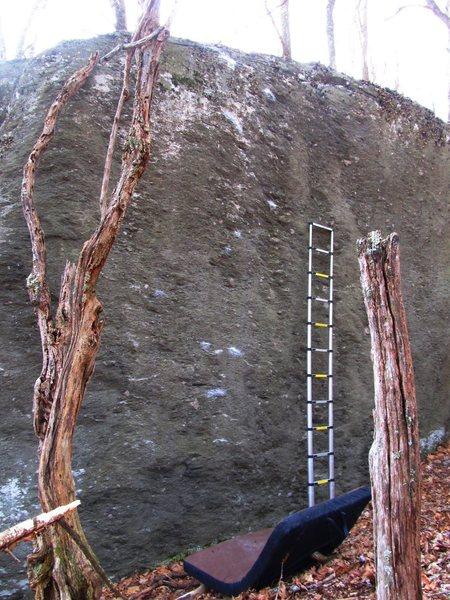 """Equinox Boulder, """"Never Have I ever""""(V5ish). Ladder at 13ft mark."""